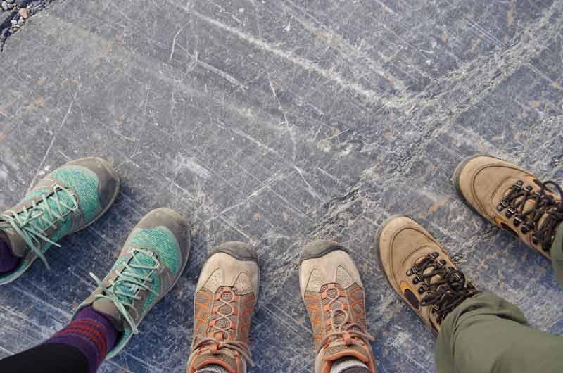 Få sunde fødder med de rigtige sko